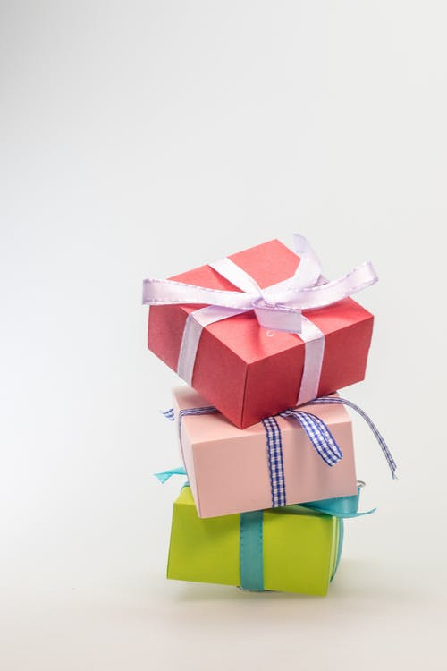 Geschenk geven met logo